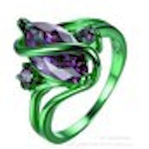 Amethyst set in 18k GREEN GOLD