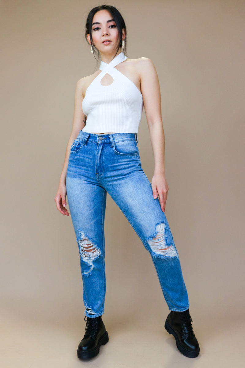 DISTRESSED HIGH RISE MOM JEANS