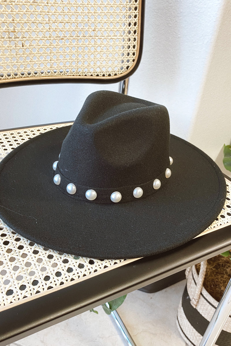 THE PEARL WIDE BRIM HAT