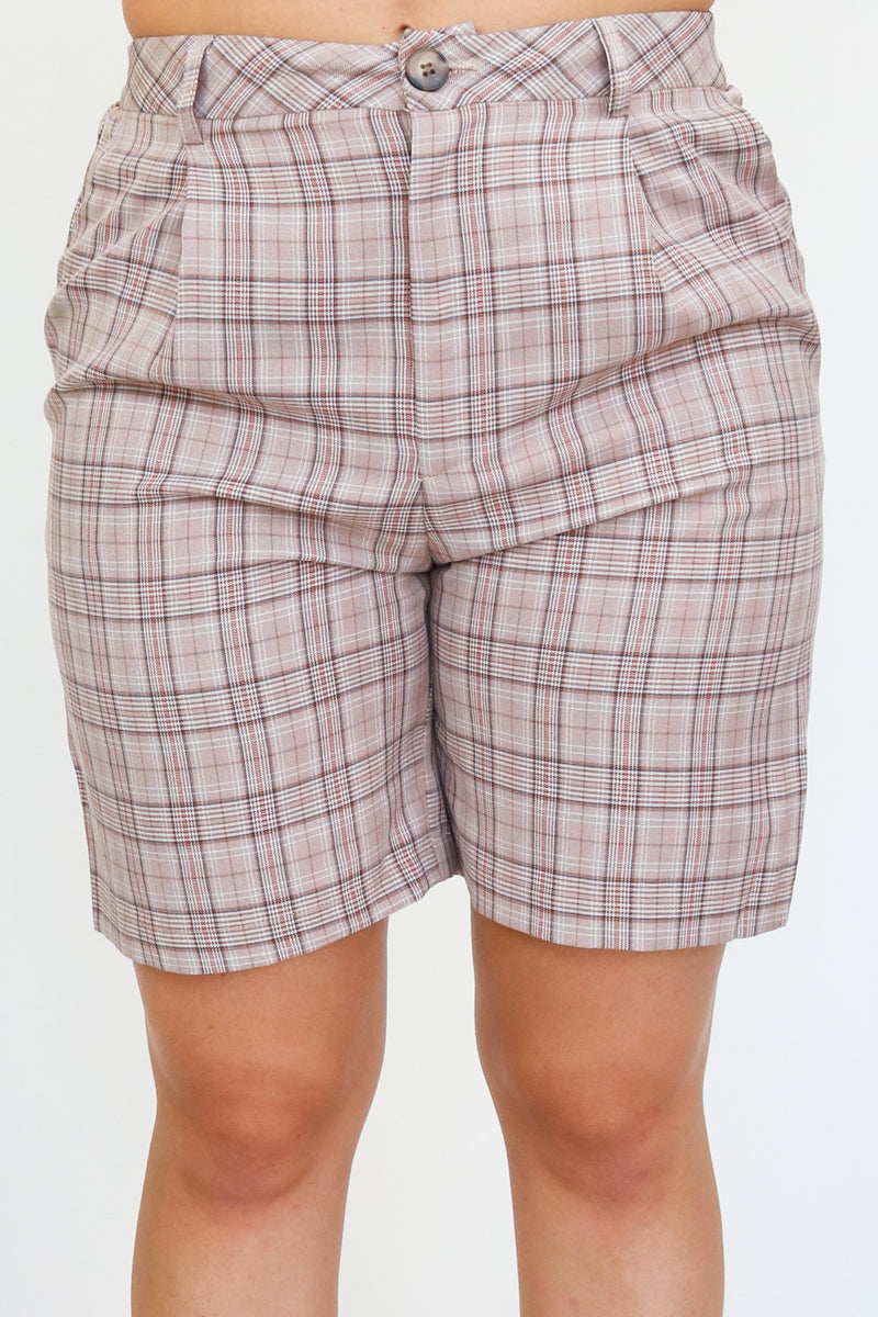 THE PAOLA SHORT