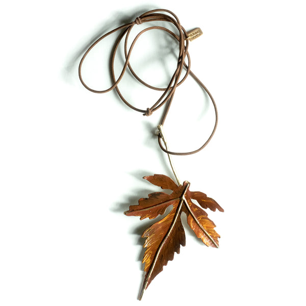 Renard Bijoux / Maple Leaf Pendant