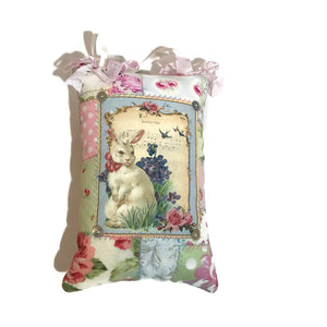 Hanging Pillow - Easter Bunny - pale pink ties
