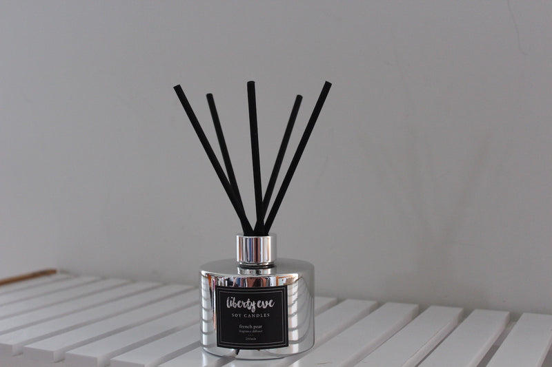 Diffuser - french pear - black bottle