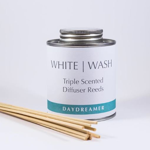 White Wash Candle - Daydreamer