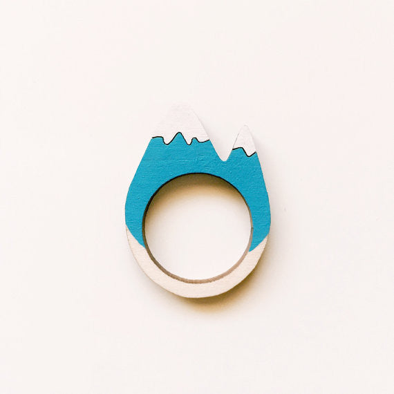 Snowy Mountain Ring (Medium)