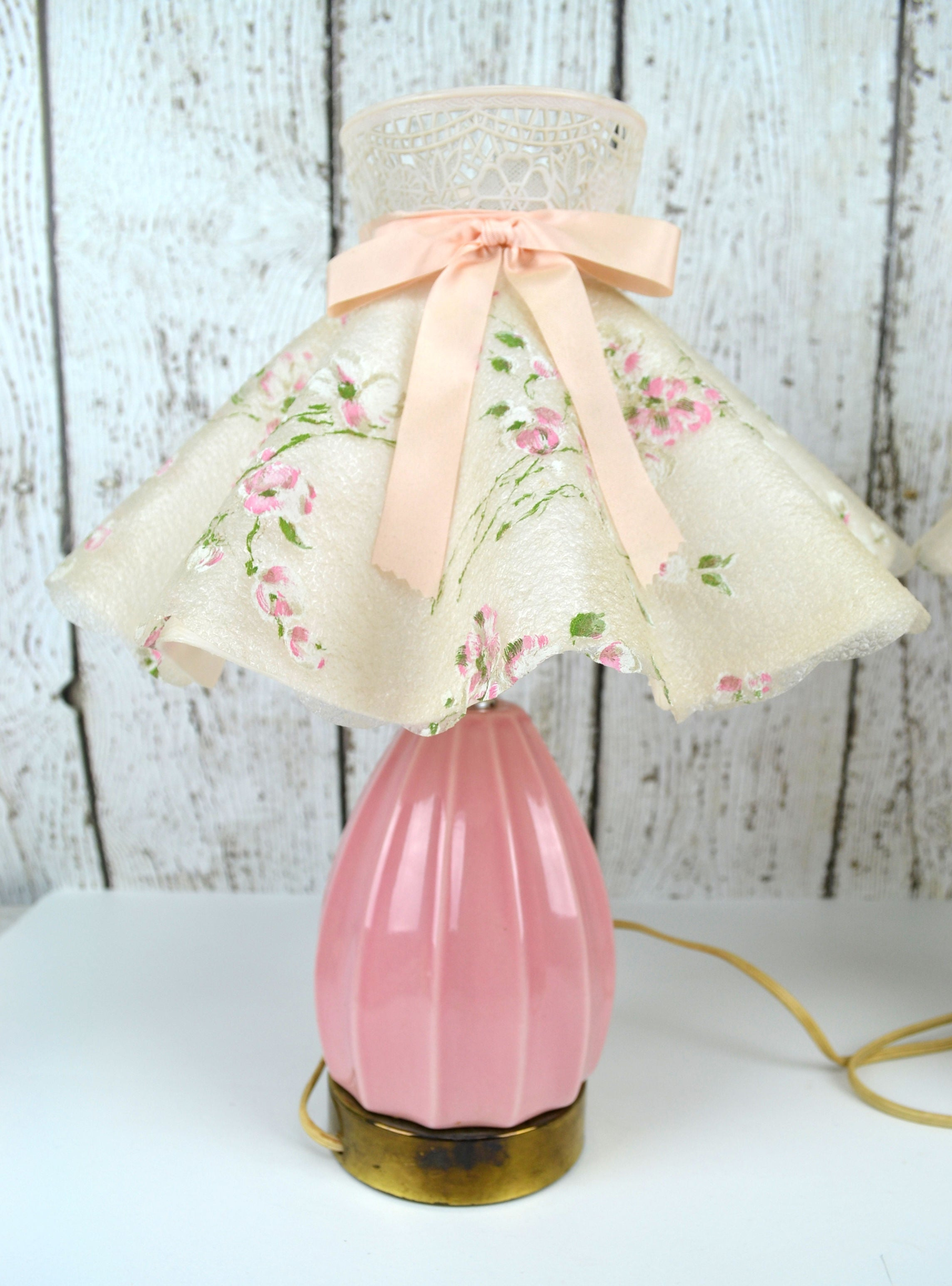 Avid vintage vintage collectibles vintage pink ceramic bedroom lamps pair with plastic clip on ruffled lamp shades mightylinksfo