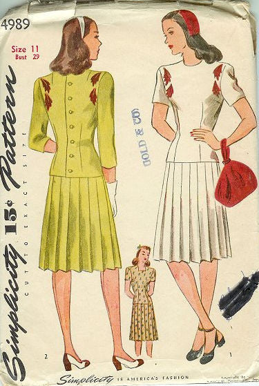 1a98c70741689 Vintage 1940s Pleated Teen Skirt Simplicity Sewing Pattern 4989 Bust 29 Hip  32 - Avid Vintage ...