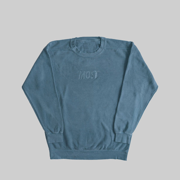 MOST PIGMENT LOGO CREWNECK - BLUE JEAN