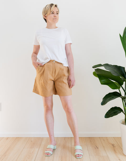 Zoe Shorts in Tan