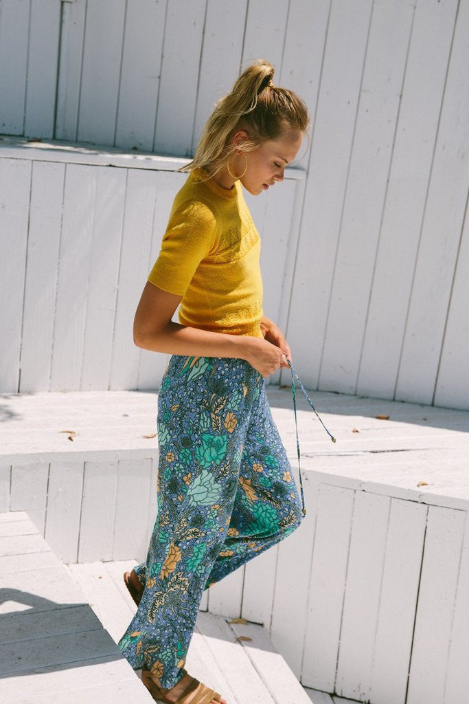 Arnhem Sinta Pant in Marine floral print with elastic waist and drawstring