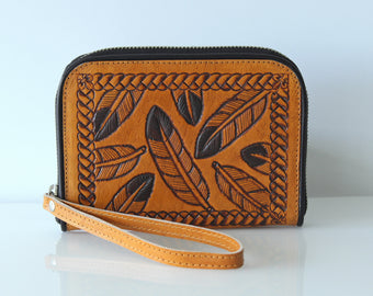 TOOLED LEATHER PURSE w/ Tribal Feathers, Personalised Billfold Wallet, Small Wallet Women w Multiple Slots, Handcrafted Clutch.