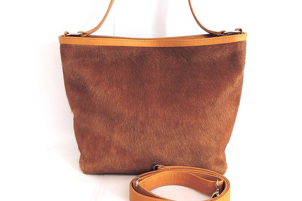 Cowhide Leather Bag in Tan. Crossbody Bag / Fur Bag. Patty Bag
