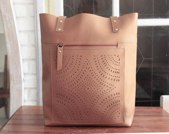 WOMENS LEATHER Tote Bag Vintage Tan. Handtooled Leather Purse, Laptop Bag, Personalized Bag for woman. Market Bag