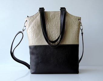 BLACK & WHITE LEATHER Bag Embossed. w/ Contrast Stitch.