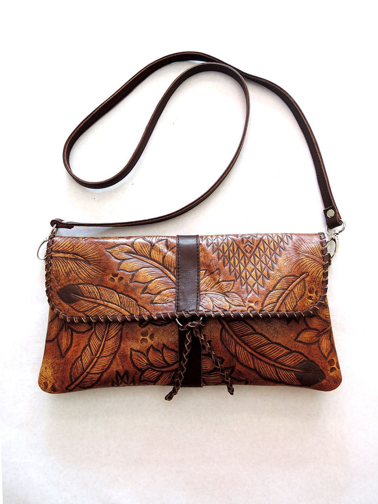 HAND TOOLED LEATHER Bag in Vintage Brown. Western in Sioux Tribal Feathers
