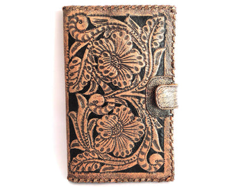 WOMENS WALLET HANDCARVED /  9 colours Hand Tooled Clutch Vegetable Tanned. Antique Wallet