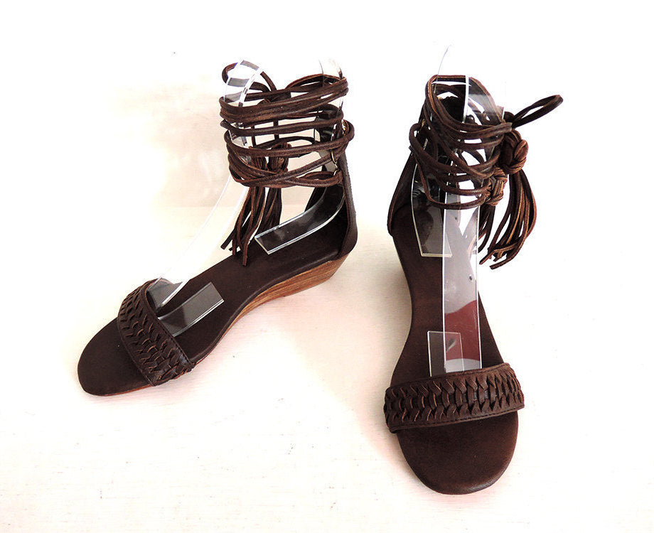 BROWN LEATHER SANDALS Women / Lace Up Sandals w/ Handmade Fringe Tassels.