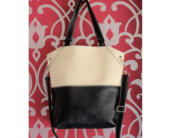 BLACK & WHITE LEATHER Bag Croc Emboss. Tote Bag