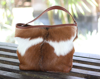 COWHIDE PURSE, COWHIDE Handbag, Leather Tote Bag. Country Tote Bag in Calf Hair Brown and White, Zipper Top Bag