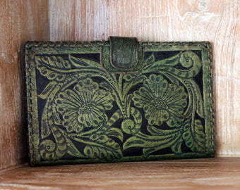 GREEN PASSPORT WALLET, Tooled Leather Purse, Green Biker Wallet