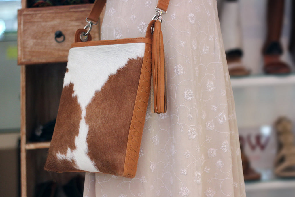COWHIDE PURSE, COWHIDE Handbag, Crossbody Western Bag w/ Zipper Top