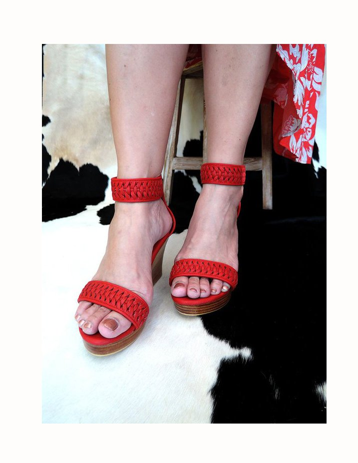 LEATHER SHOES. Princess Belle Platform Sandals with Beautiful Hand Weave