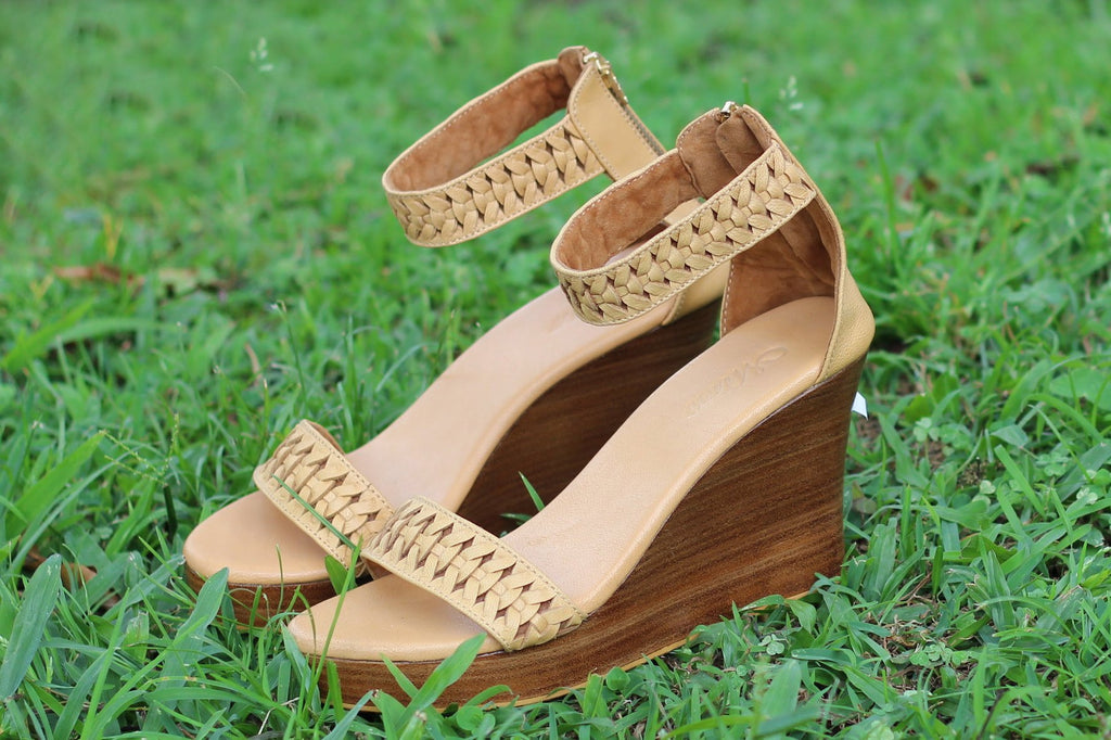TAN LEATHER Platform Sandals Handmade High Heels/Pumps Shoes.