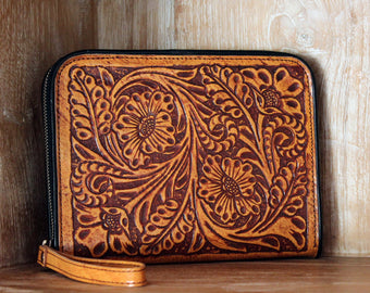 HAND TOOLED WALLET, Handtooled Leather Clutch, Celtic Cat Wallet. Wallet Zipper