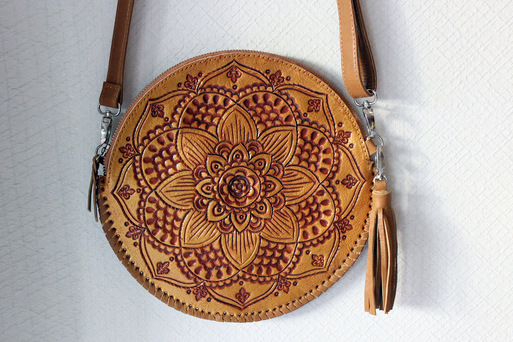 ROUND LEATHER BAG in Hand Carved Vintage Gold / Carved CrossBody Circle Bag Clutch