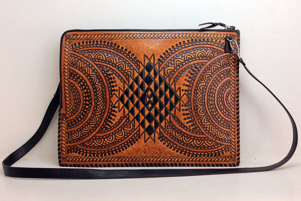 LEATHER DOCUMENT HOLDER / Handcrafted Distressed Leather, Laptop Bag