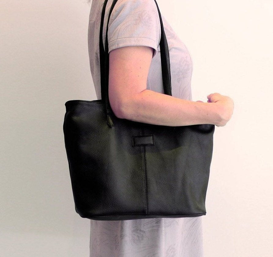 BLACK LEATHER TOTE Bag w/ 2 Zipper Top, Black Overnight Weekender Leather Bag
