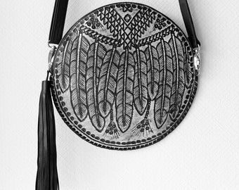 BLACK WHITE ROUND Leather Hand Tooled Circle Bag, Feather Purse