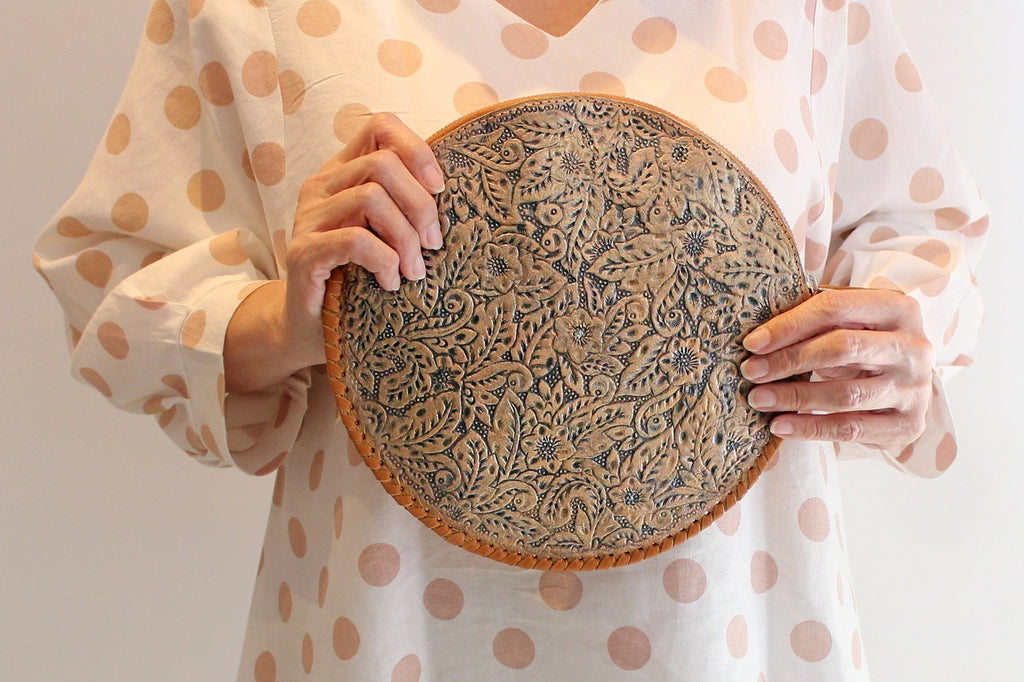 ROUND LEATHER TOOLED Bag, Floral Circle Purse, Hand Tooled Clutch Bag, Cowhide Leather