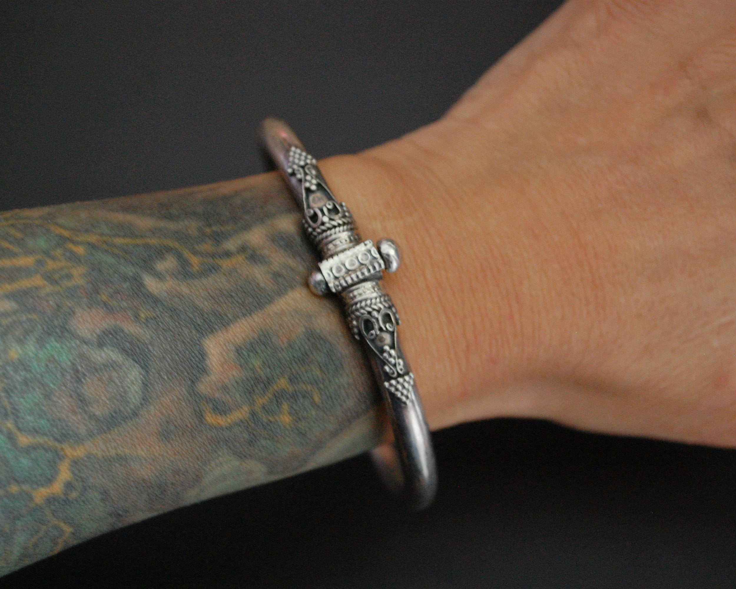 Ethnic Indian Silver Bracelet with Hinge