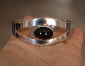 Vintage Mexican Onyx Cuff Bracelet - Magical Eye Cuff