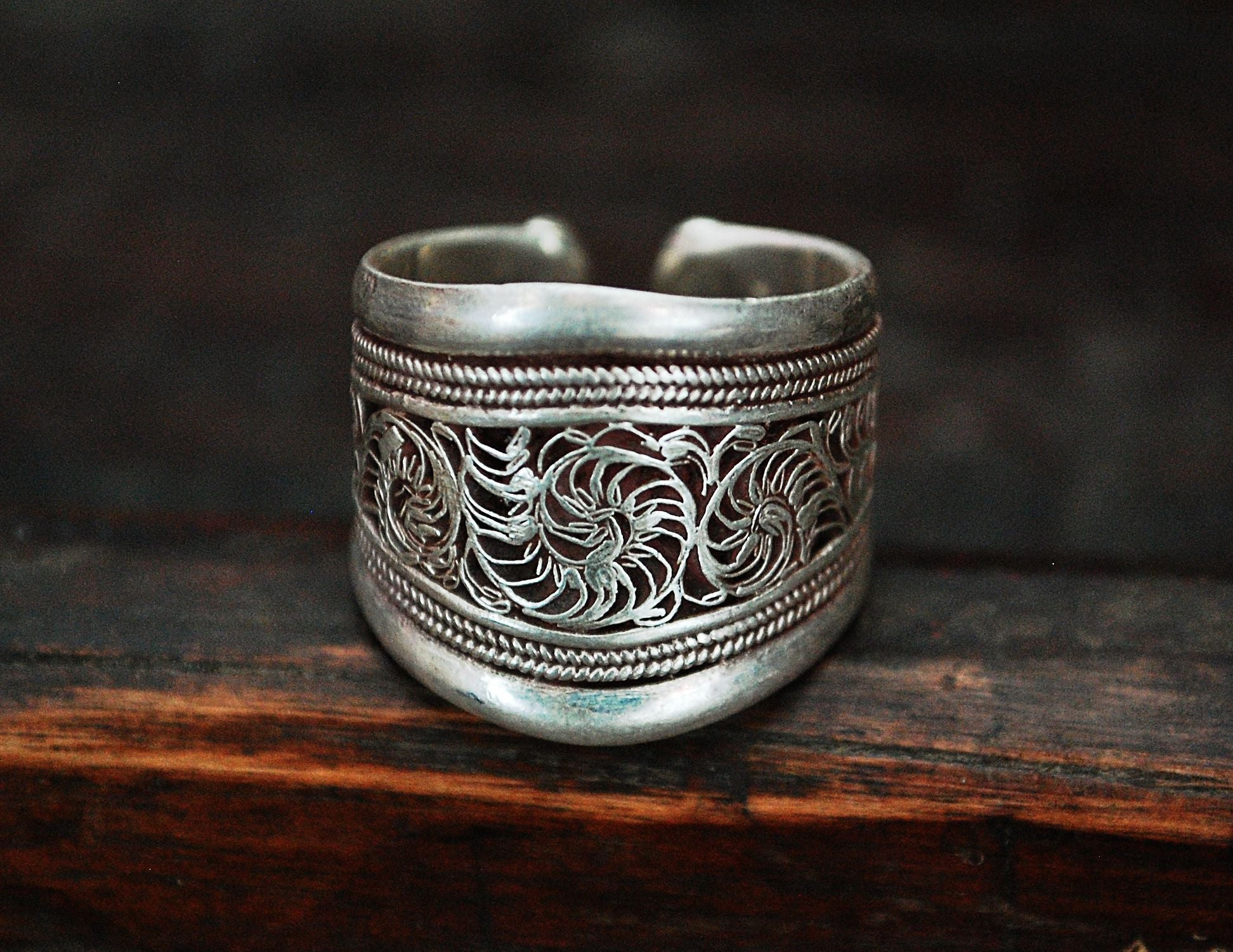 Nepali Filigree Band Ring - Adjustable Size