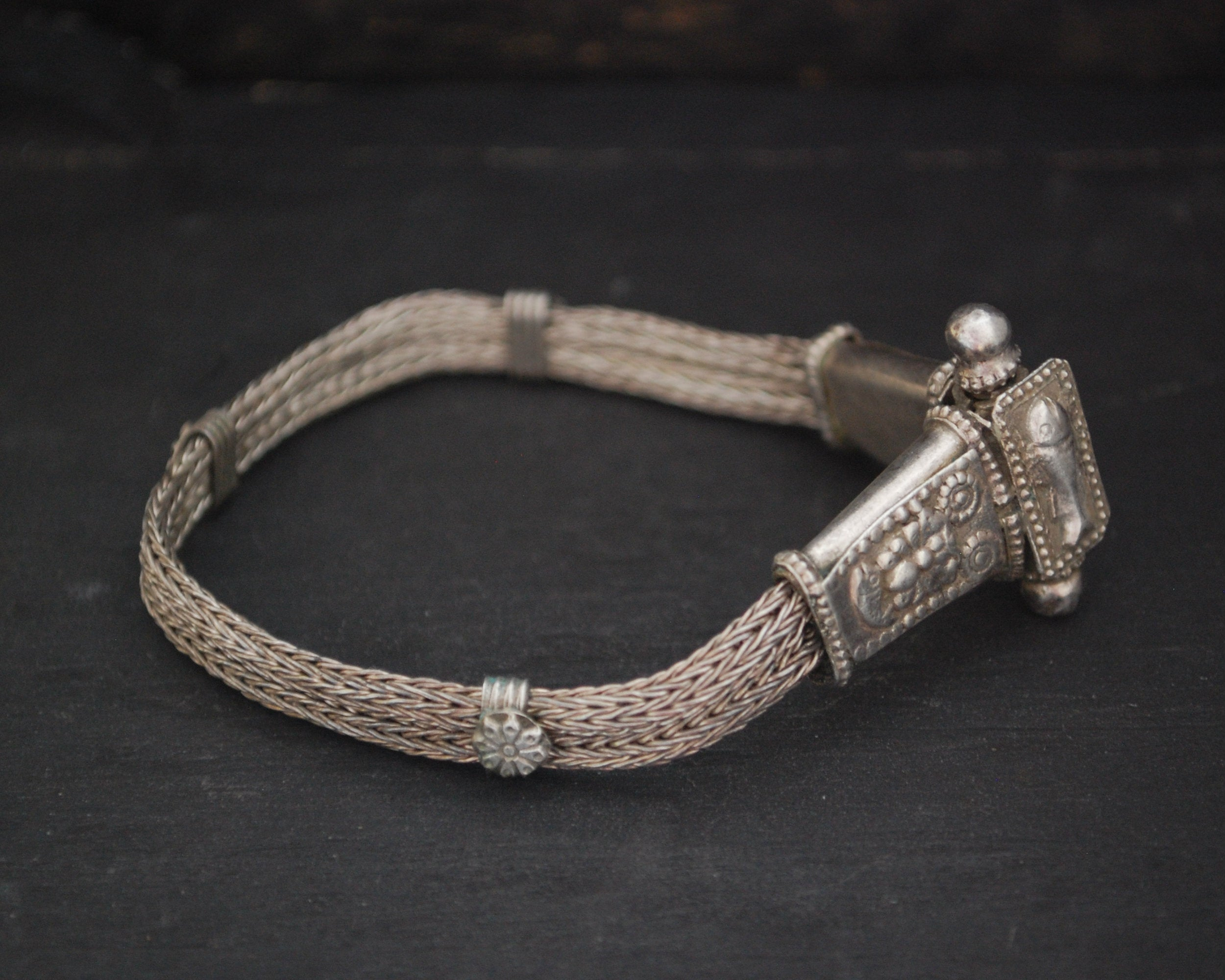 Rajasthani Snake Chain Bracelet with Fishes