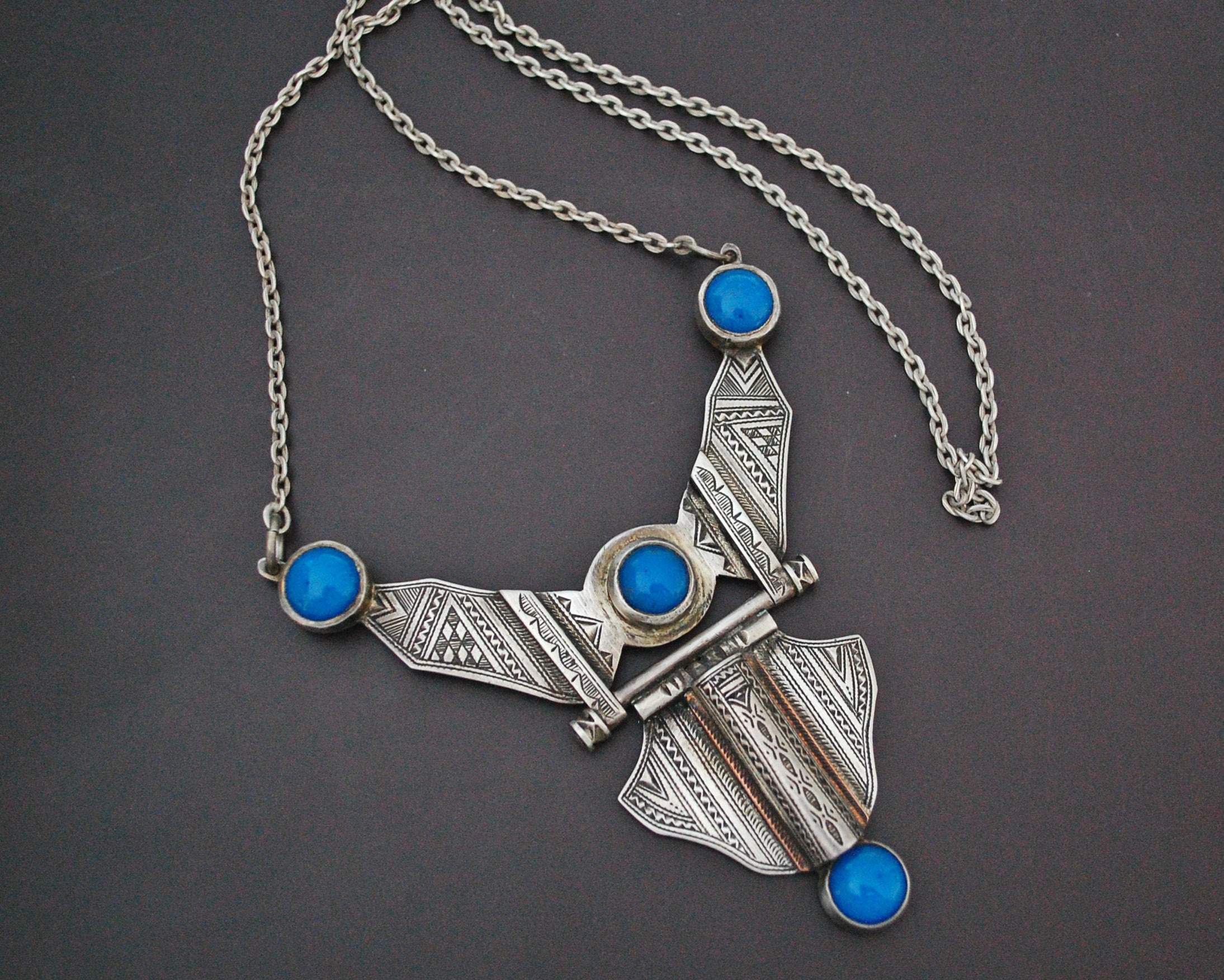 Tuareg Blue Beads Carved Pendant Necklace
