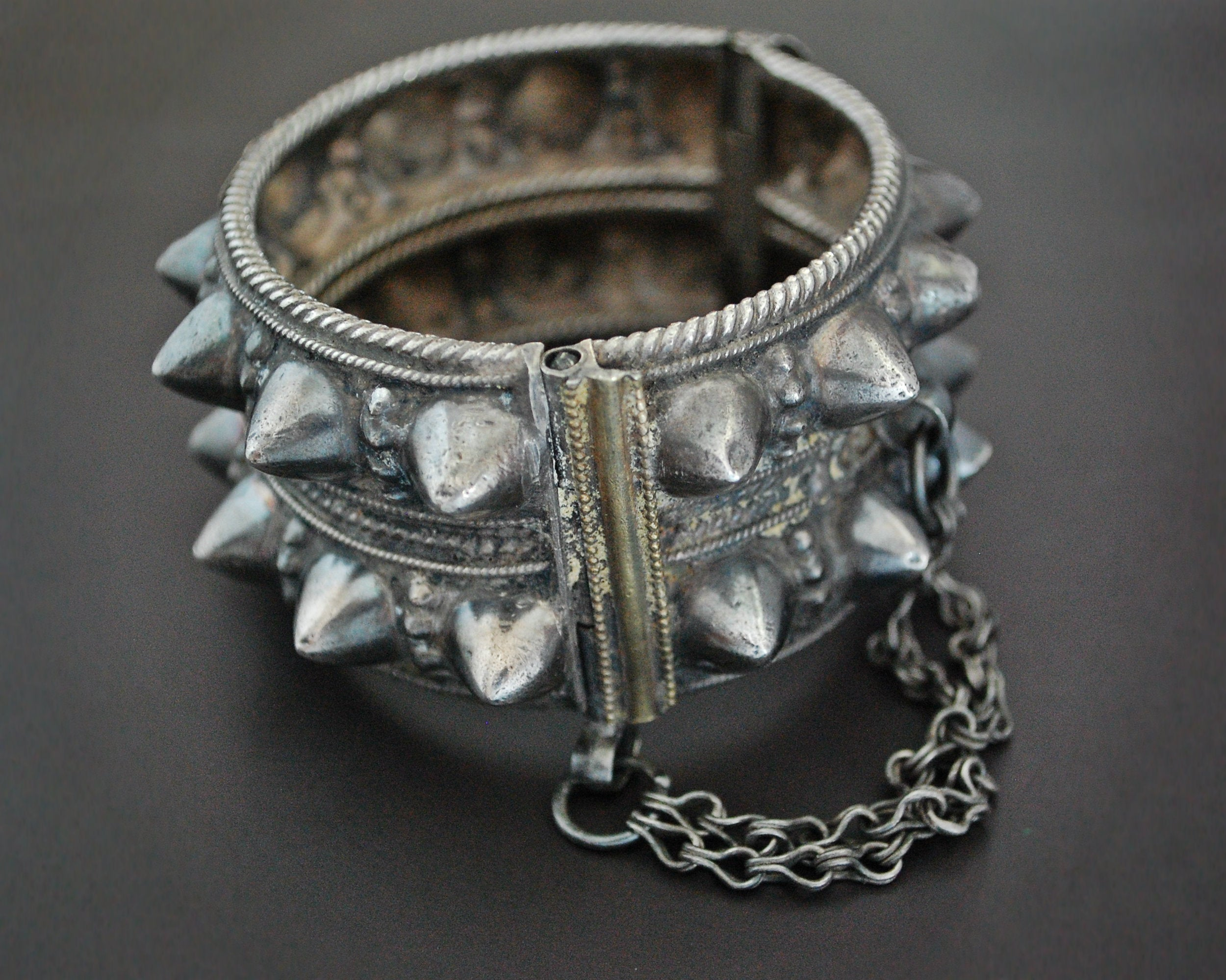 Omani Hinged Spike Bracelet with Gilding - Small Size
