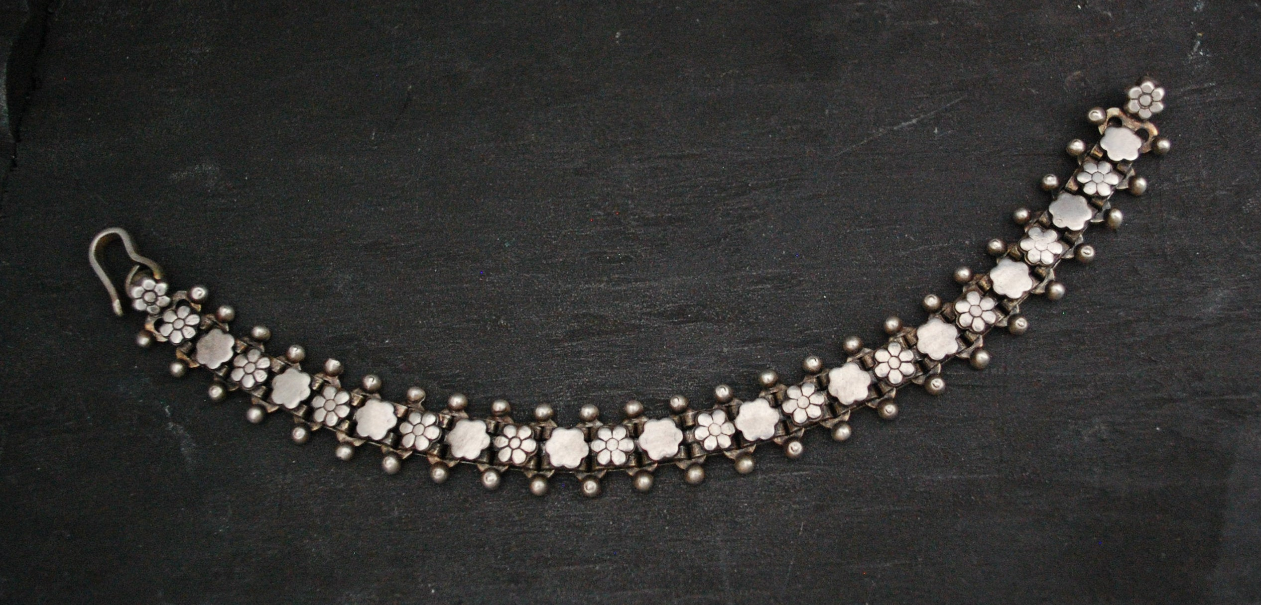 Rajasthani Silver Link Bracelet with Flower Design