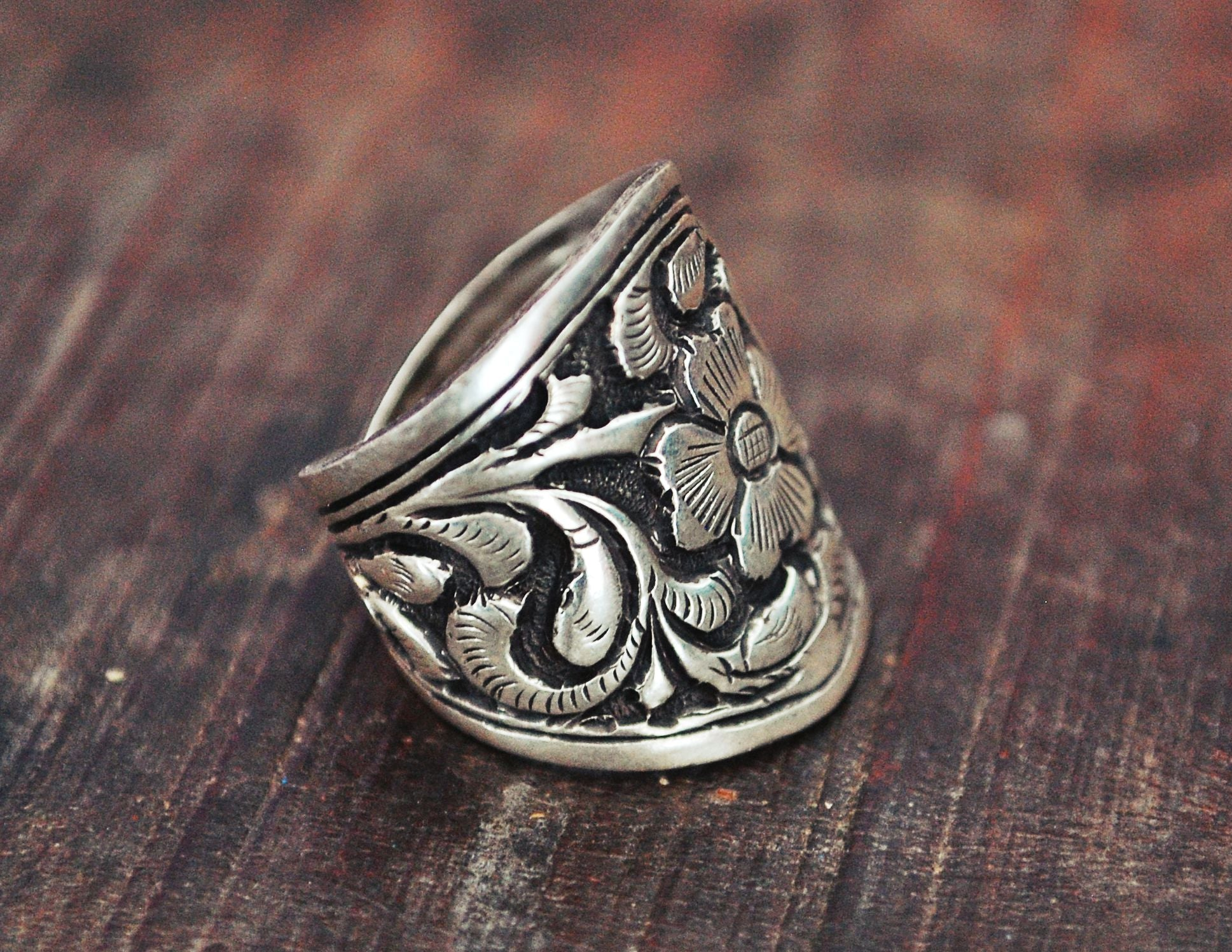 Ethnic Band Ring from India - Size 6.5