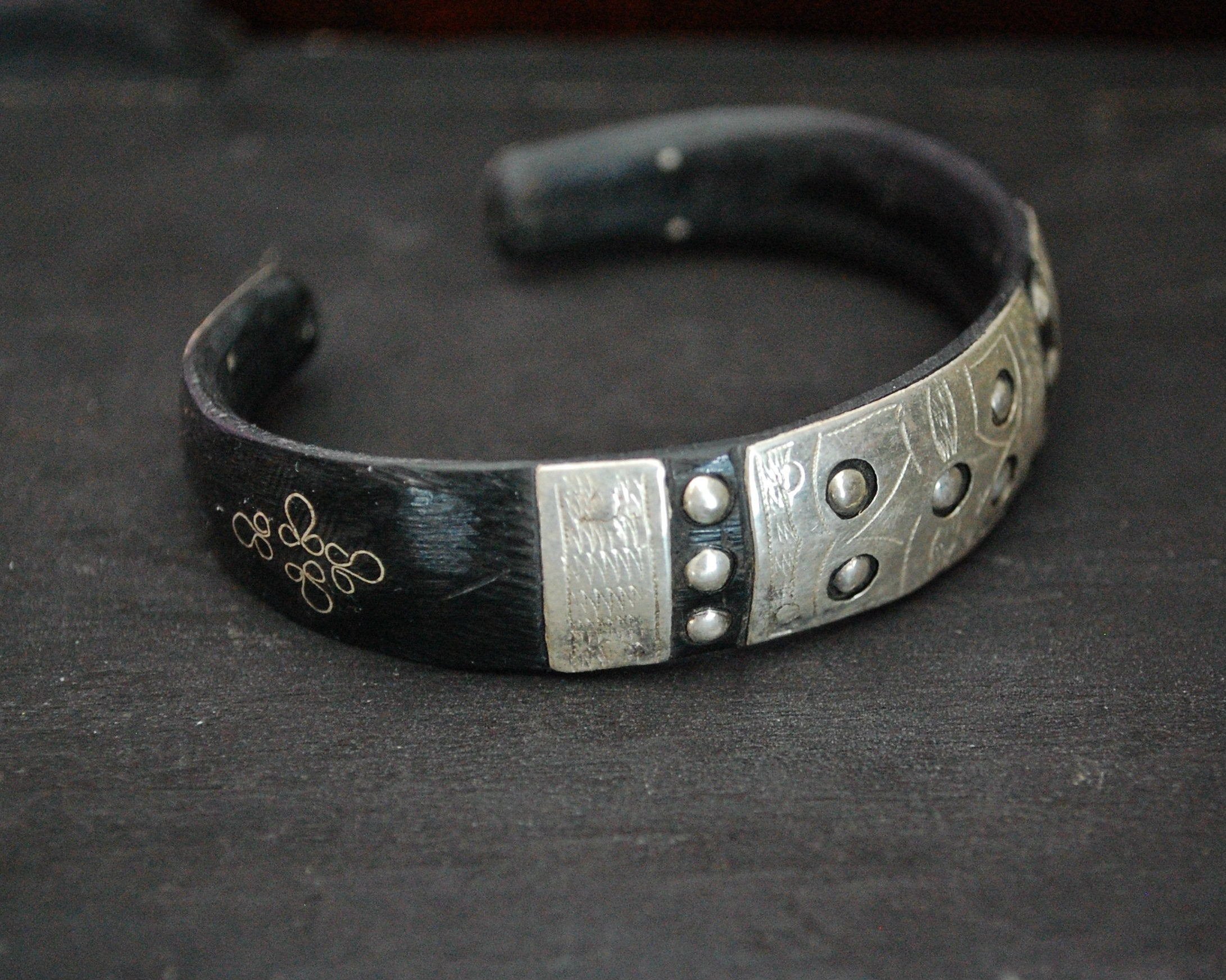 Tuareg Silver Cuff Bracelet with Engravings