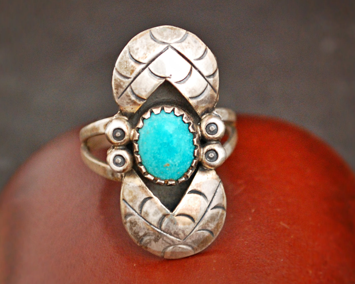 Native American Turquoise Ring - Size 7.5