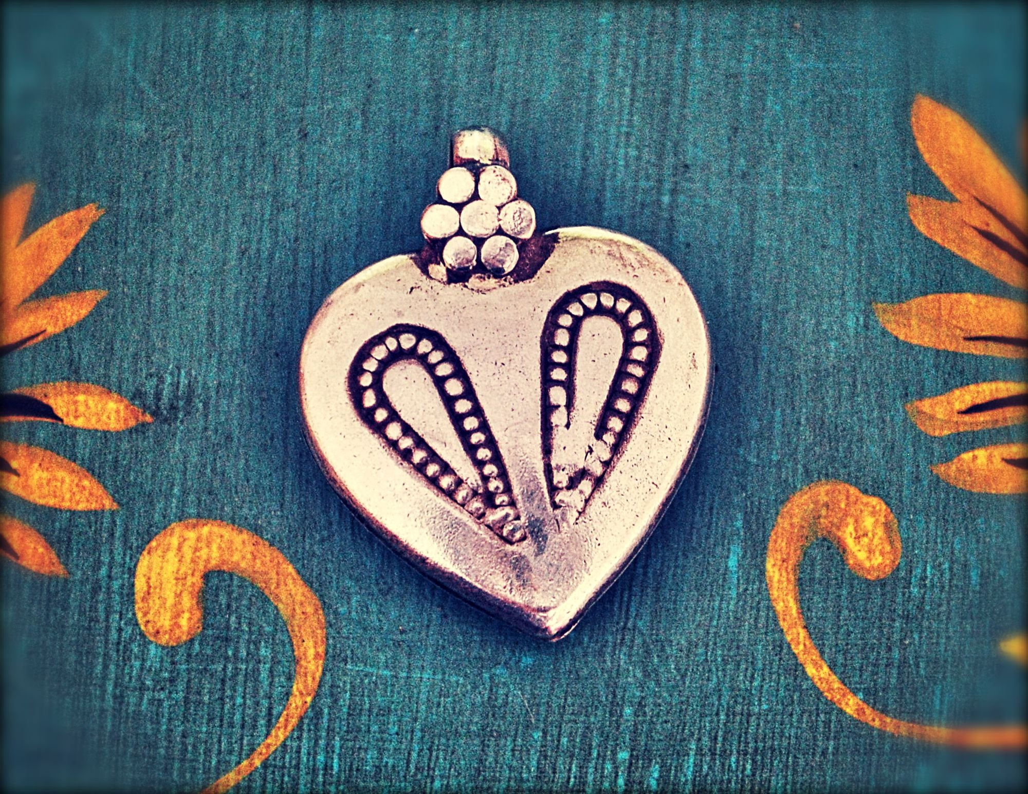 Old Rajasthan Silver Amulet - Tribal Indian Heart Pendant - Tribal Rajasthan Pendant - Tribal Heart Pendant - Gypsy Boho Silver Pendant
