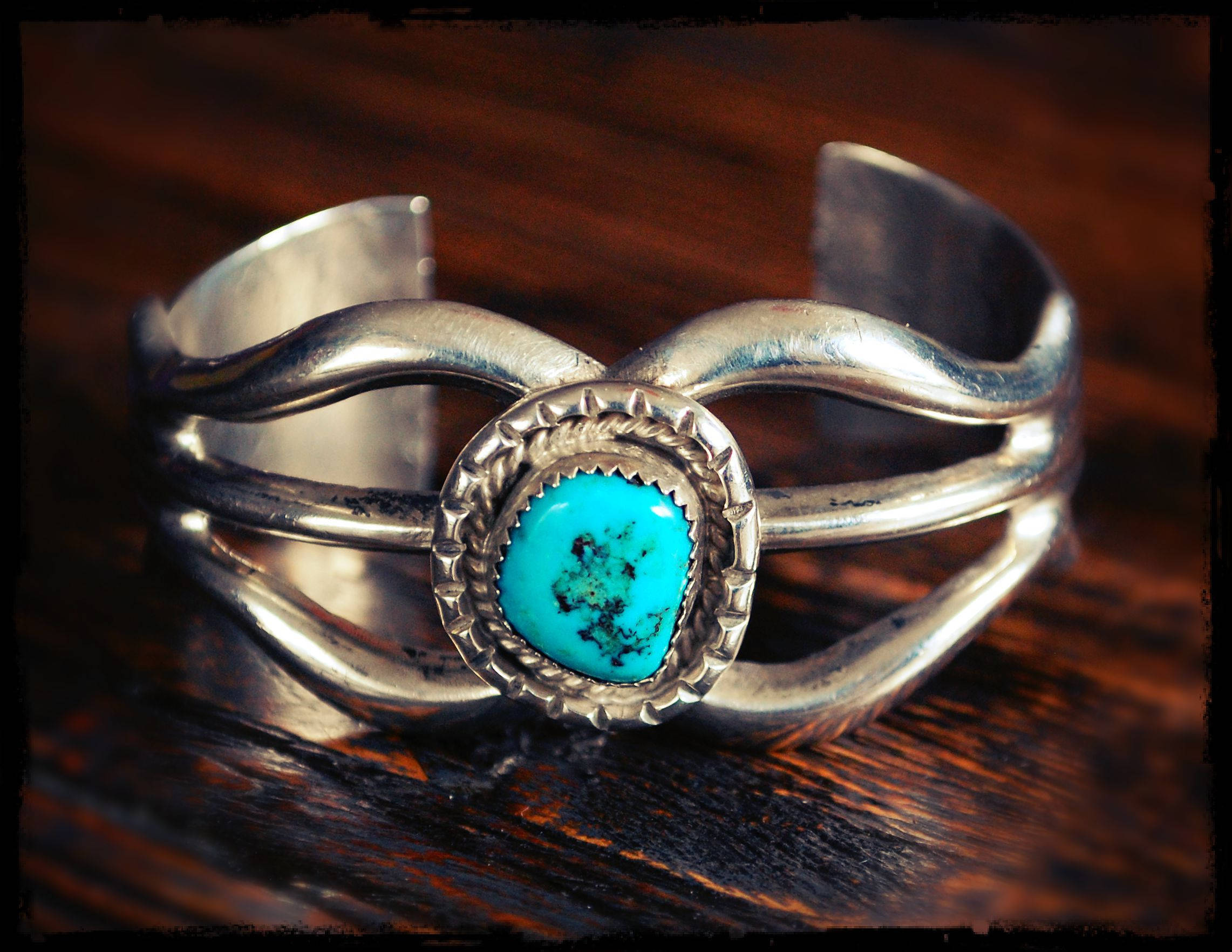 Navajo Native American Turquoise Sandcast Cuff Bracelet - Small