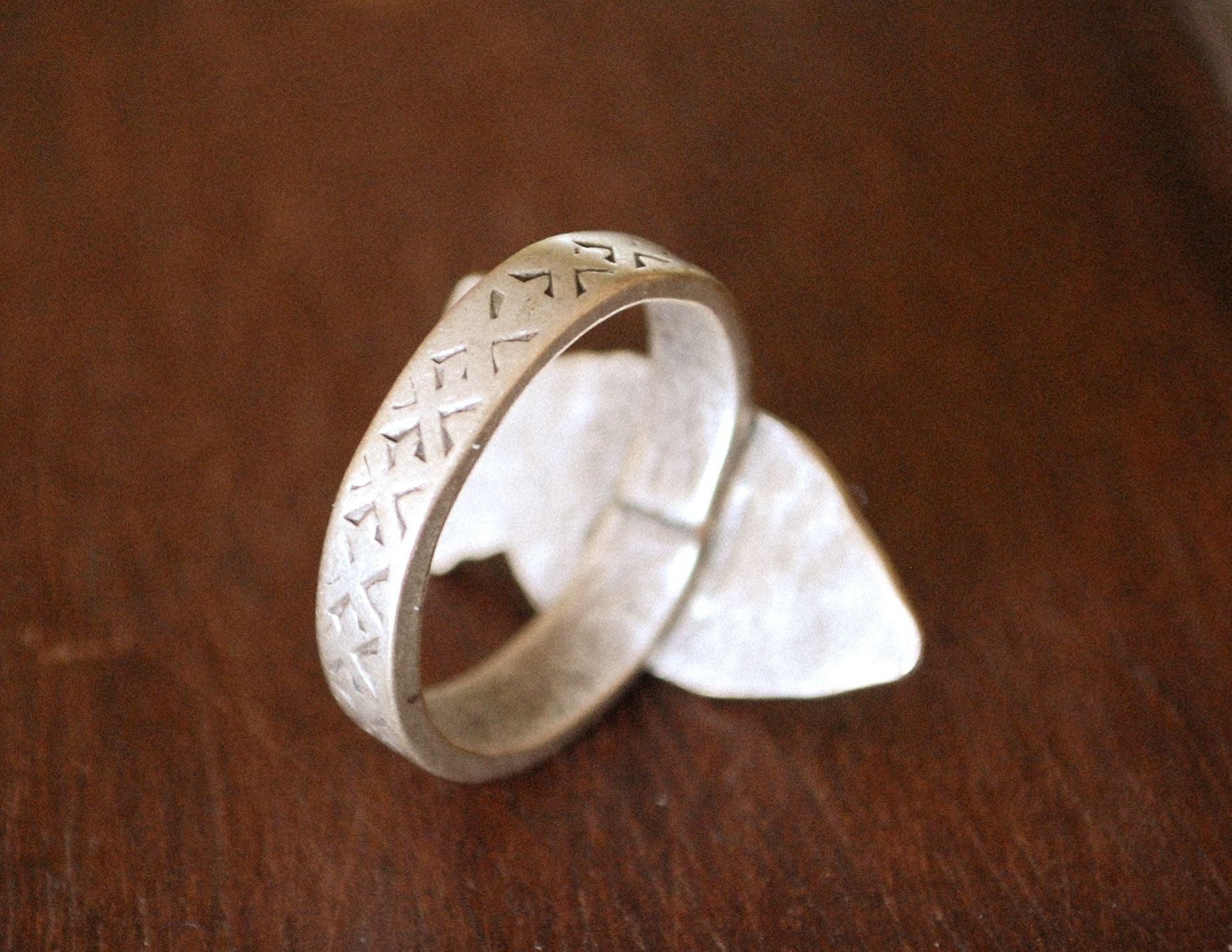 Tuareg Silver Fish Ring - Size 8 - Tuareg Jewelry - Tuareg Ring - Tribal Jewelry - Tribal Ring