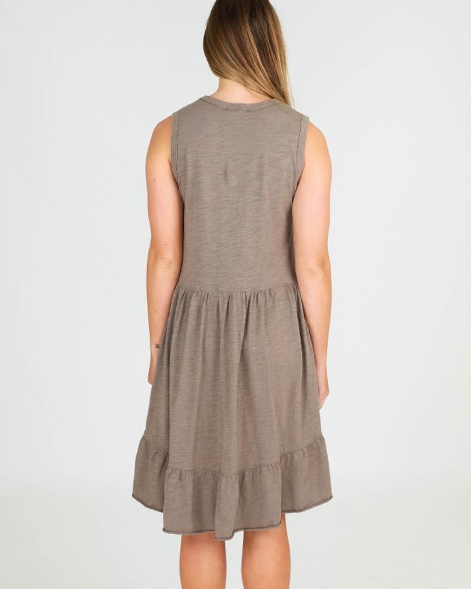3rd Story the label Hillary Tunic Dress in Olive
