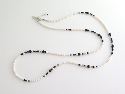 Long Necklace with Agate, Freshwater Pearls and Silver