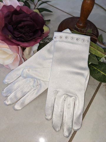 First communion glove 7 diamond gloves.