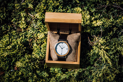 Alloy and Wood Case Watch